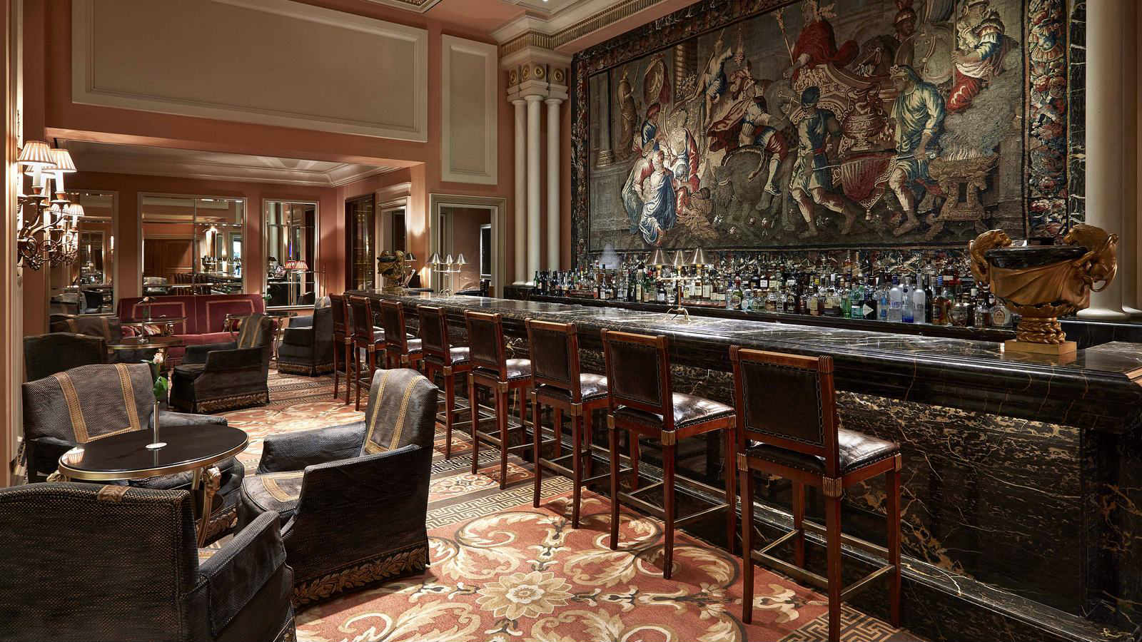 The famous Alexander's bar was voted as the Best Hotel Bar in the world by Forbes magazine, at the Hotel Grande Bretagne in Athens