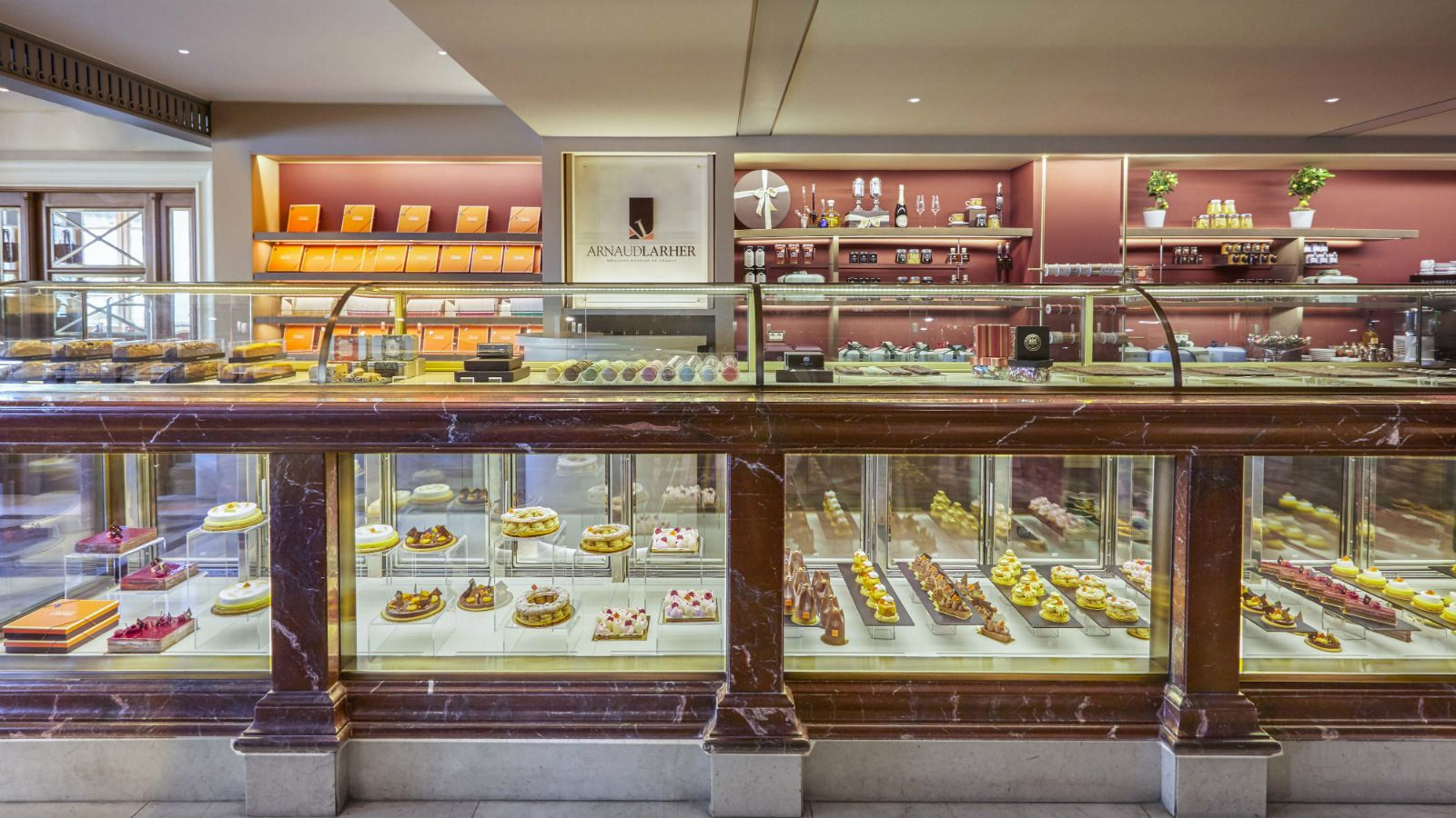 GB-Corner-Gifts-and-Flavors-store-with-Arnaud-Larher-desserts-in-Athens-Hotel-Grande-Bretagne
