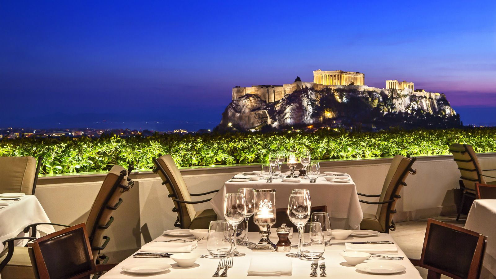 GB-Roof-Garden-Restaurant-Bar-at-the-Hotel-Grande-Bretagne-Athens-Romantic-Dinner