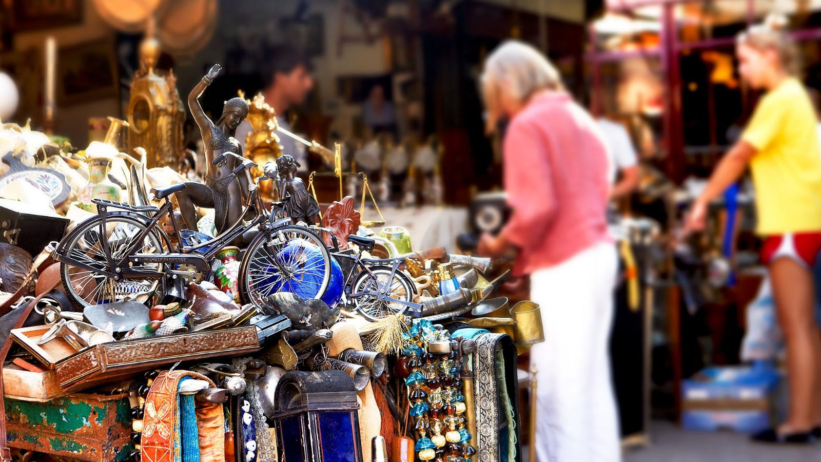 Monastiraki Flea Market recommended by the concierge of Hotel Grande Bretagne