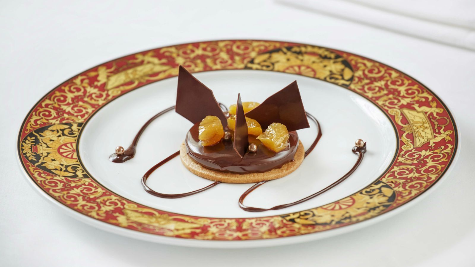 "=""Tarte-Tentation-by-Arnaud-Larher-for-Hotel-Grande-Bretagne-Athens-Luxury-Collection""/"